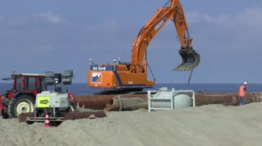 Reconstruction of the Sea dike — Stock Video