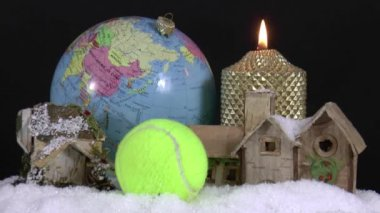 Christmas decorations and tenis ball — Stock Video