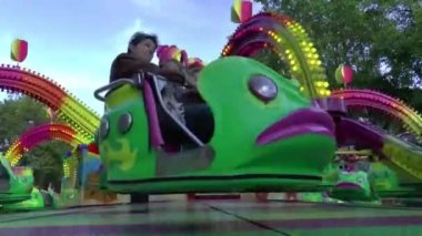 Annual funfair in the centre of city — Stock Video