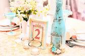 一场婚礼花和蜡烛装饰 — 图库照片