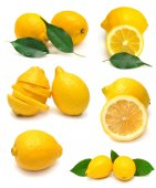 Lemon with leaves — Stock Photo
