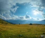 Summer Transalpina road (Carpathians,  Romania). — Stock Photo