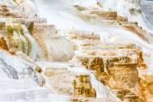 Minerální tok v yellowstone — Stock fotografie