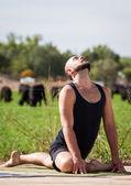 наружная йога — Стоковое фото
