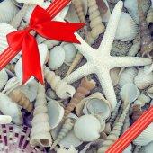 Rote Schleife mit Eckbogen — Stockfoto