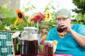 Woman Sips Sweet Tea — Stock Photo