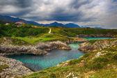 Красивые пейзажи с берега океана в Астурия, Испания — Стоковое фото