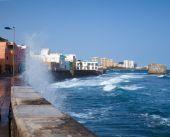 San Cristobal, a seaside fishing district on the outskirts of La — Stock Photo