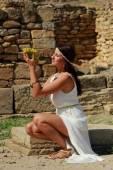 Woman in Greek style — 图库照片