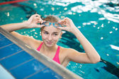 Female swimmer in an indoor swimming pool — Foto Stock