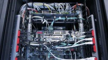 Backside of internet server — Stock Video