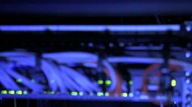 Rack focus internet router — Stock Video