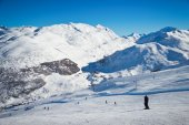Stunning view of skiing resort in Alps. — Stock Photo