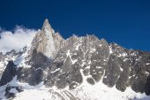 Peaks in snow and glacier nearby Chamonix — Stock Photo