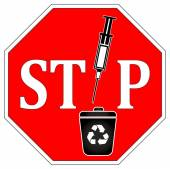 No Syringes in Recycle Bin — Stock Photo
