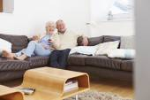 Senior Couple  Watching TV — Stock Photo