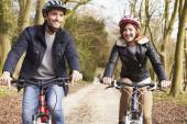 Couple On Cycle Ride — Stock Photo