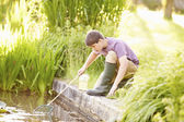 Boy Fishing In Pond — ストック写真