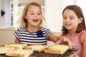 Girls Eating Cheese On Toast — Stock Photo