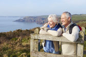 Senior Couple on Coastal Path — Fotografia Stock