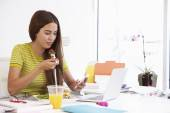 Woman Working In Design Studio — Stockfoto