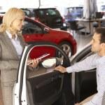 Man buying a car — Stock Photo #61032121