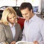 Man buying a car — Stock Photo #61032185