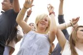 People at music festival — Stock Photo