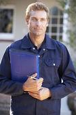 Człowiek gospodarstwa folderu — Zdjęcie stockowe