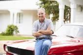 Senior Man With Restored Car — Stock Photo