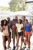 Friends Playing Basketball Match — Стоковое фото