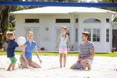 Family Playing  Volleyball — Stock Photo