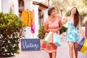 Mother With Adult Daughter with Shopping Bags — Stok fotoğraf