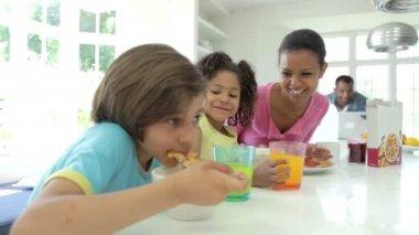 Family Having Breakfast — Stock Video