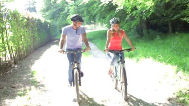 Young Couple On Cycle Ride — Stock Video
