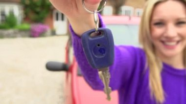 Teenage Girl Standing By Car With Key — Stock Video