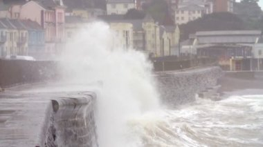 Large Waves Breaking on Sea Wall — Stock Video