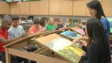 Yüksek okul sanat sınıfı — Stok video