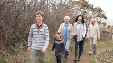 Multi Generation Family On Walk — Stok video