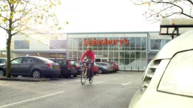 Exterior View Of Sainsbury's Supermarket Entrance — Stock Video