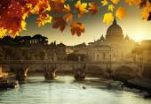 Autumn sunset and St Peter Basilica in Vatican — Stock fotografie