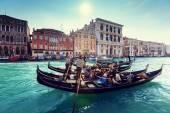 Gondolas on canal, Venice, Italy — Stock Photo