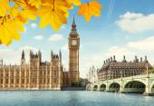 Autumn leaves and Big Ben, London — Stock Photo