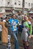 JERUSALEM, ISRAEL - MARCH 15, 2006: Purim carnival. Group of people celebrate the festival. — Stock Photo