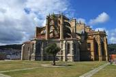 St MAry of Assumption church in Castro Urdiales — 图库照片