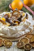 Pavlova dessert for Christmas. — Стоковое фото