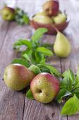Sweet fresh pears — Stock Photo