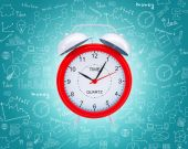Old fashioned red alarm clock — Stock Photo