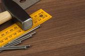Narzędzia na stole — Zdjęcie stockowe