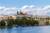 Skyline of Prague with Vitus cathedral — Stock Photo